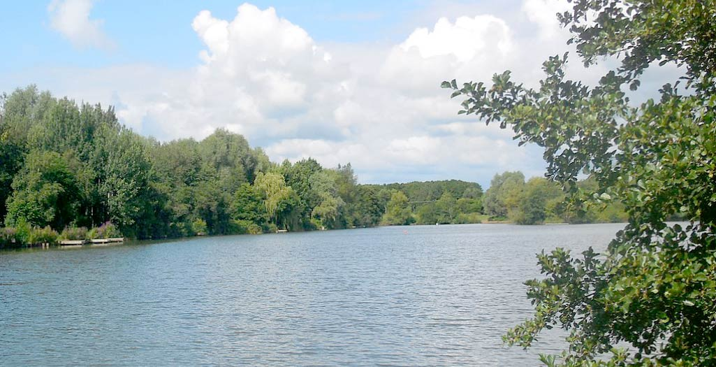 Arrow Valley Lake - inspiration for Arrow Valley Hog roast hire in Redditch